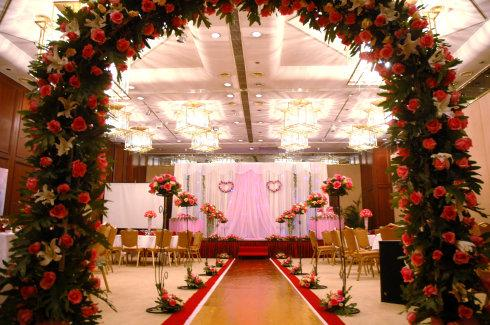 婚礼欧式四角花亭